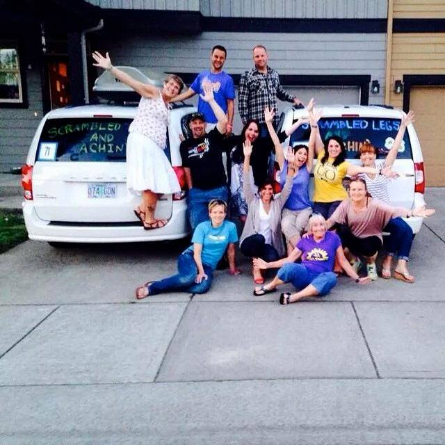 Hood to Coast Gang Two Vans Twelve people 200 miles!